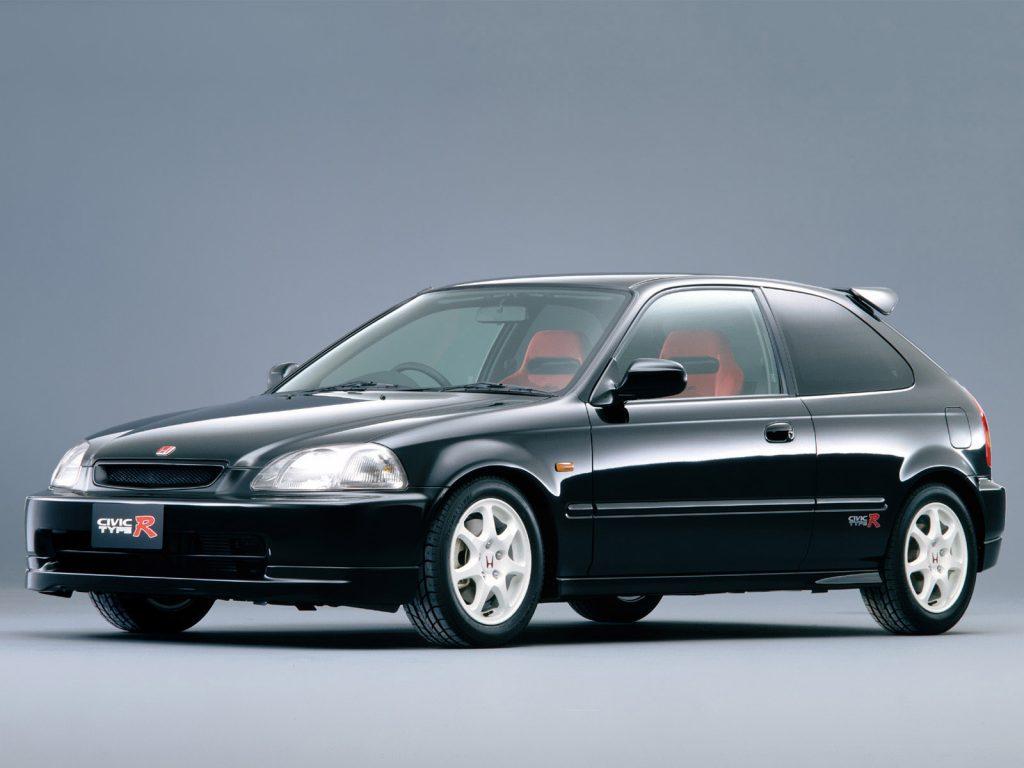 Honda Civic kao predmet obožavanja ljudi koji ne znaju za bolje.
