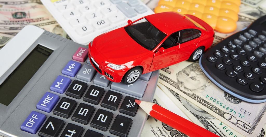 Obavezno se raspitajte o cijenama osiguranja, prije kupovine automobila, pročitajte detaljno kupoprodajni ugovor i provjerite eventualne uvjete kriditiranja kod vašeg bankara.