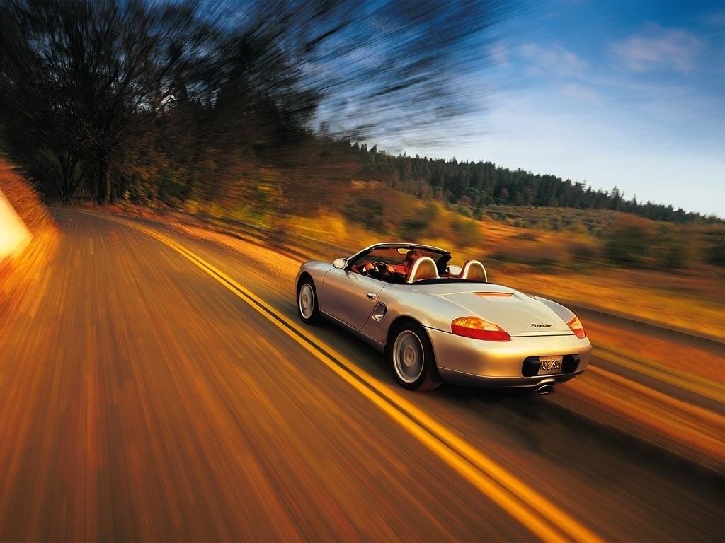 Kada auto-entuzijasti zamišljaju vožnju, to izgleda otprilike ovako