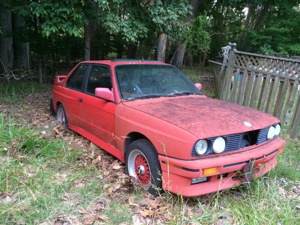 BMW M3 E30 u stanju u kojem je pronađen