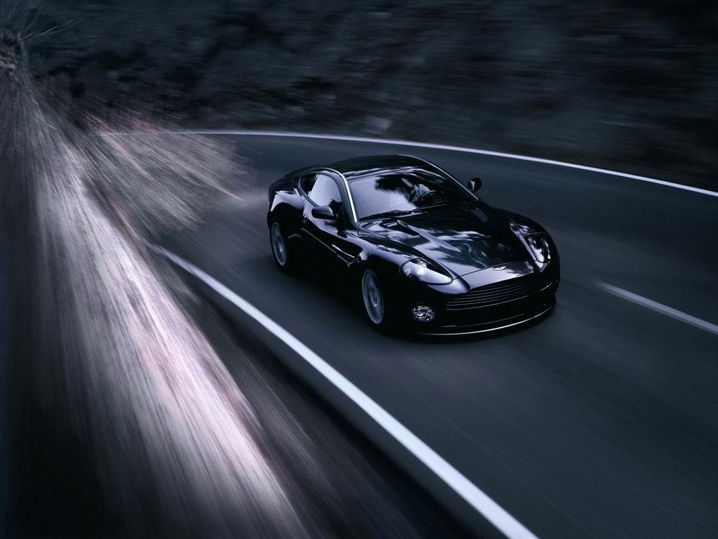 Ne, nije stvar brzog automobila. Stvar je umišljenog tikvana za volanom.