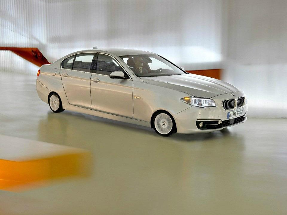 ...BMW serije 5 za ljubitelje mikro-kotača...