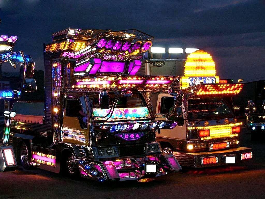 """Dekotora"" kamioni"