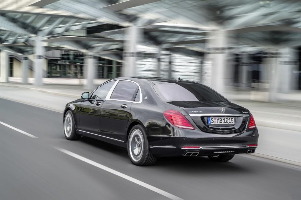 Ako luksuzni automobili nešto obećavaju, onda su to tišina i uglađenost