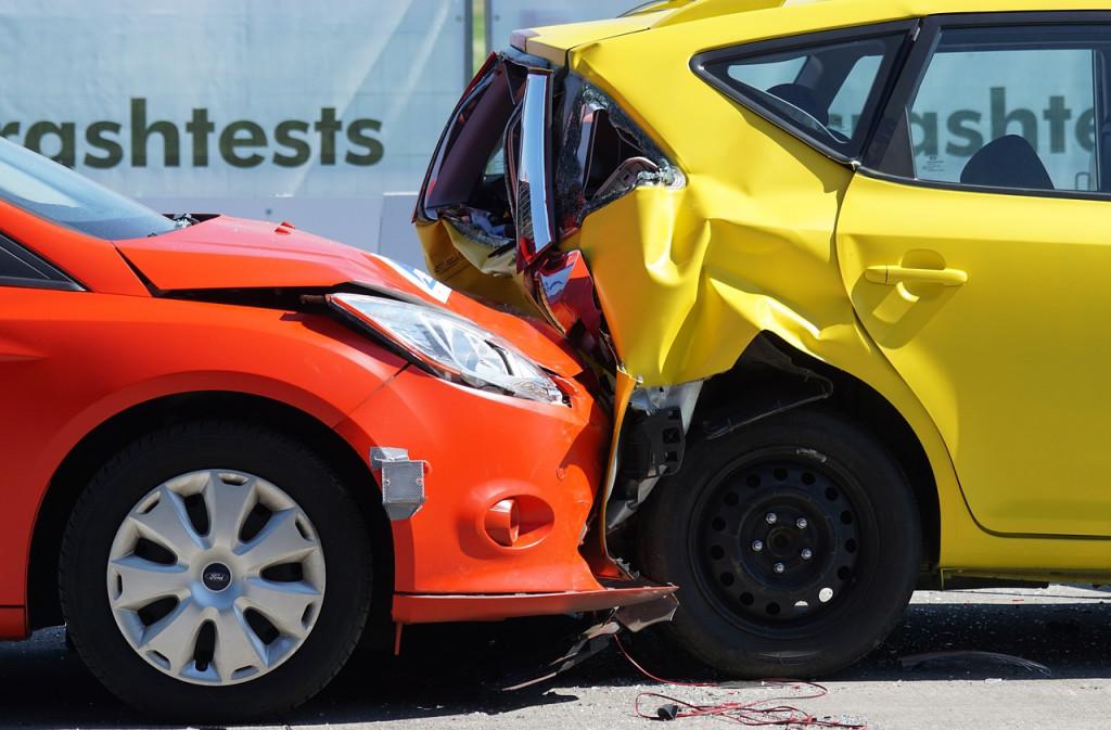 U slučaju prometne nesreće s materijalnom štetom treba znati kako popuniti Europsko izvješće o prometnoj nesreći...