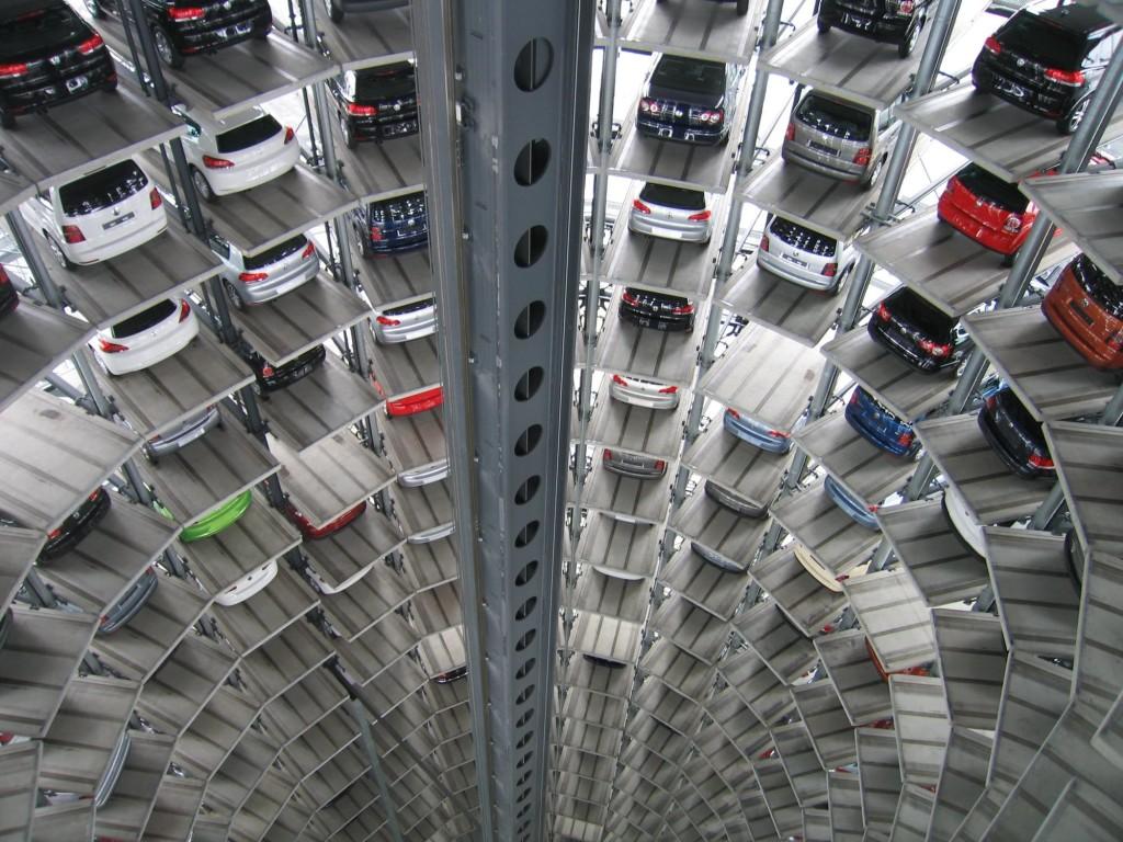 Moderno parkiralište, na ovakvim ili manje modernim mjestima automobili borave 90% svog životnog vijeka...