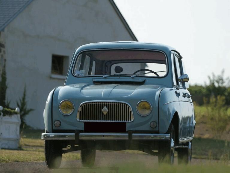 Renault 4 i dalje slavi