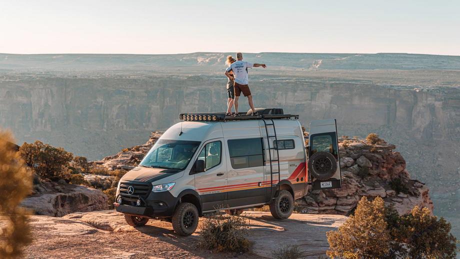 Beast Mode 4×4 – kamper za planinu, pustinju i prašinu